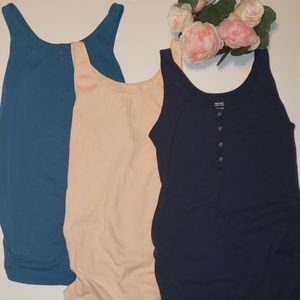 Old navy maternity tank bundle